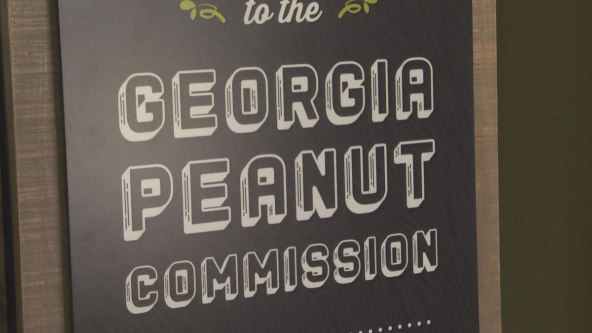 The Georgia Peanut Commission is holding a photo contest. (Source: WALB)