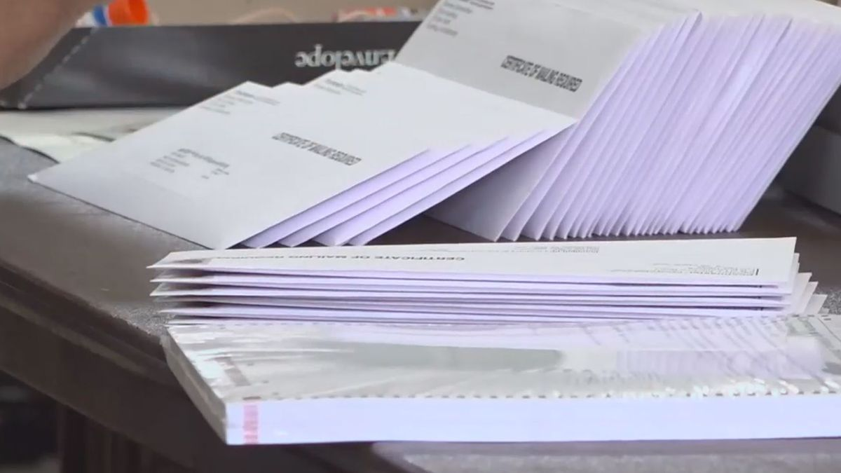 Virginia lawmakers approve elections bill that calls for absentee ballot drop boxes.