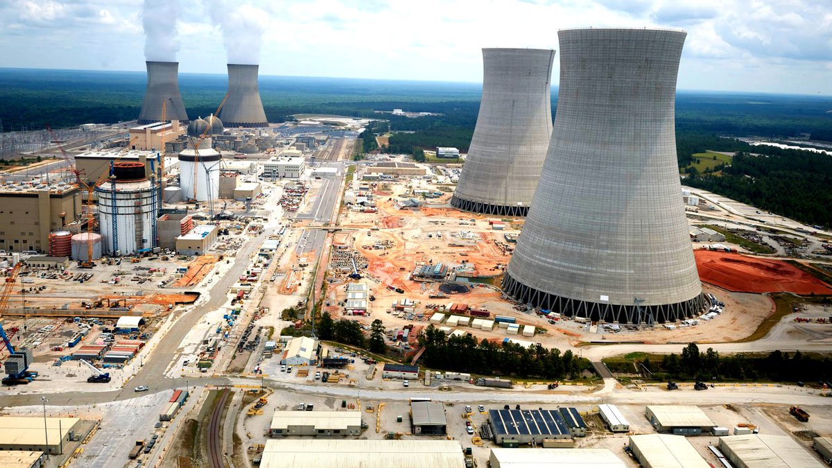 Plant Vogtle Units 1 and 2 (rear) and 3 and 4 (fore) in June 2021.