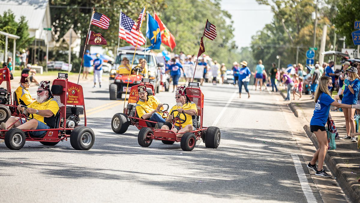 The Town of Wausau, Florida celebrated an abbreviated 51st Annual Wausau Possum Festival on Saturday, August 1, 2020, with a parade at 10AM in historic downtown Wausau, followed by the annual Possum Auction and Quilt Auction, in front of Wausau Town Hall.