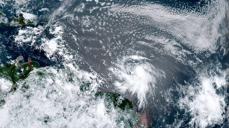 Tormenta tropical Elsa se forma en el Atlantico. (NOAA)