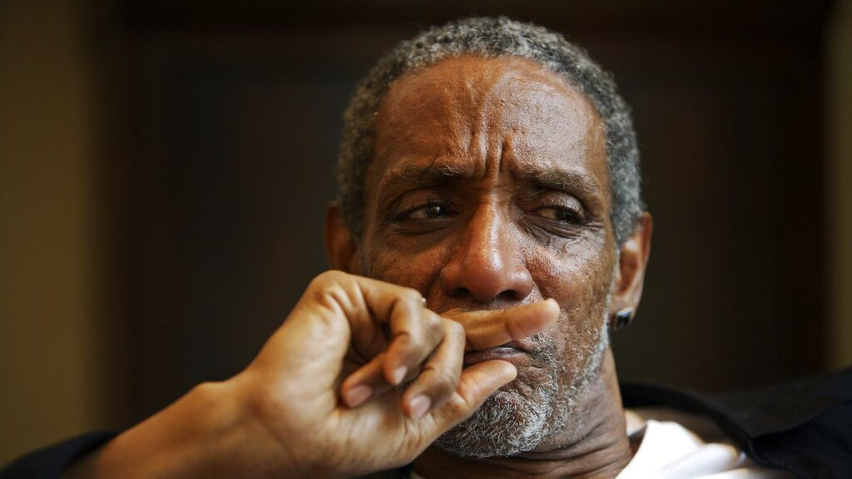 In this July 2, 2008 photo, actor Thomas Jefferson Byrd appears during a portrait session in Atlanta. Police say Byrd, known for his roles in many Spike Lee films and who was nominated for a Tony Award in 2003,  was shot dead in Atlanta on Saturday. He was 70. ()