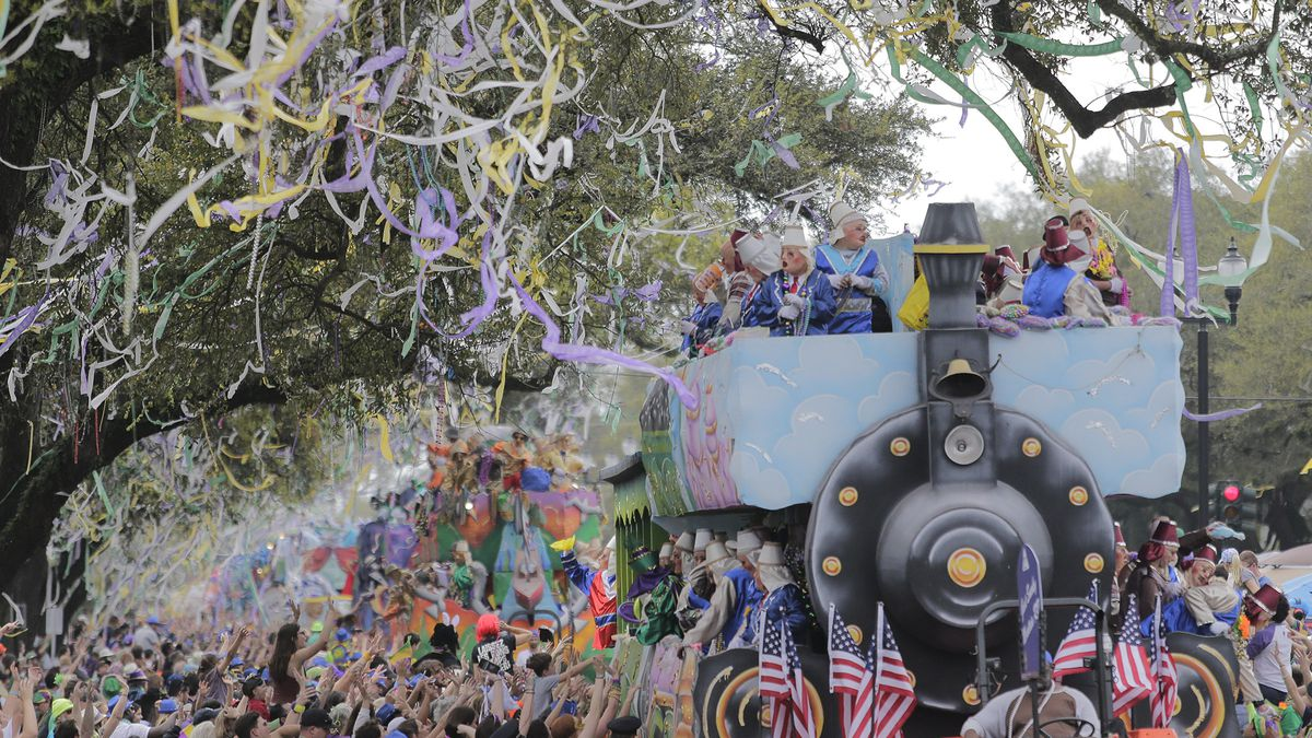 The Krewe of Thoth rolls along the Uptown route in New Orleans, La. Sunday, March 3, 2019. Founded in 1947, the Krewe of Thoth is named for the Egyptian Patron of Wisdom and Inventor of Science, Art and Letters.(David Grunfeld/The Times-Picayune via AP)