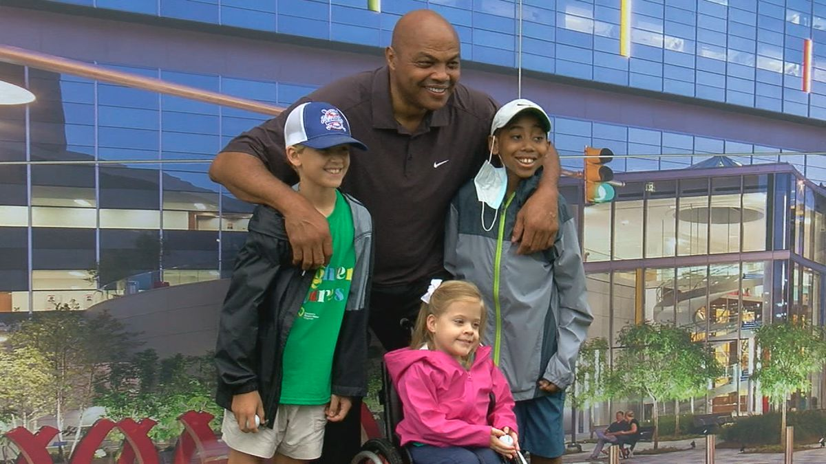 NBA and Auburn basketball legend Charles Barkley and several patients from Children's Hospital.