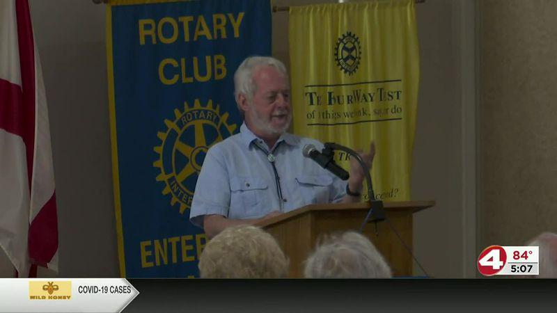 Paul Hornsby talks at rotary