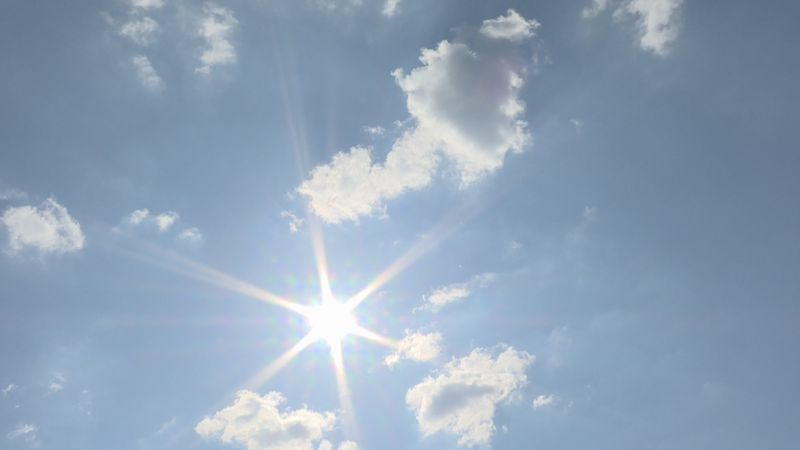 The sun beat down and the temp rose to the mid-90s on Friday afternoon