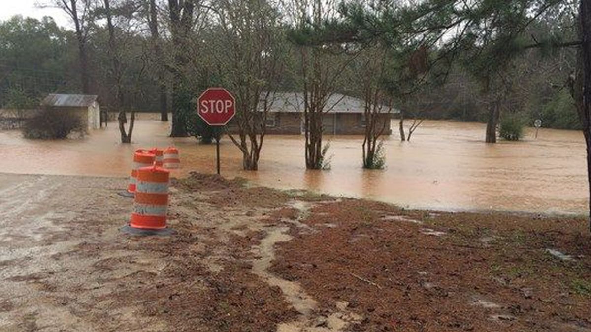 This is what Elba looked like during historic floods in Dec. 2015. Now, five years later, the city is bracing for more flooding from Hurricane Sally.