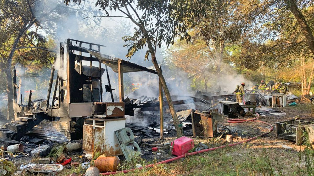 Florida Fire Marshal's Office is investigating a fire in Bruce this morning. (SOURCE: Walton County Sheriff's Office)