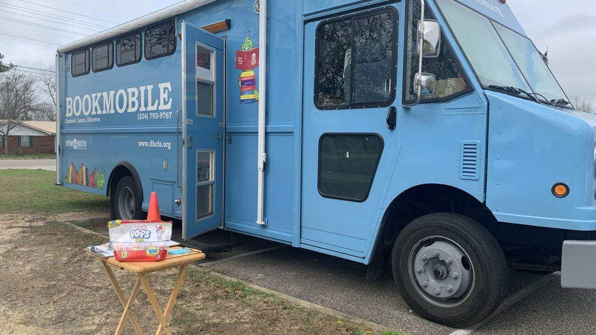 The Houston County Democratic Party is going along with the bookmobile to register voters. (Source: WTVY)