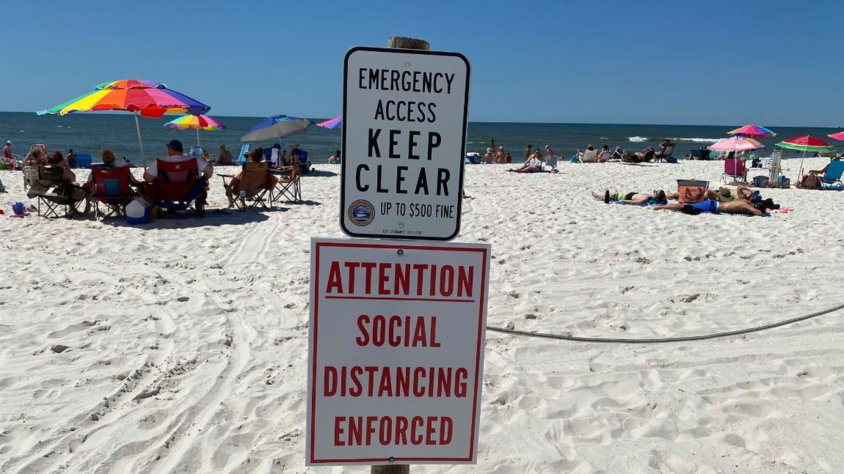 Both Gulf Shores and Orange Beach in Alabama are policing the shoreline and encouraging beachgoers to be responsible. (Source: WSFA)