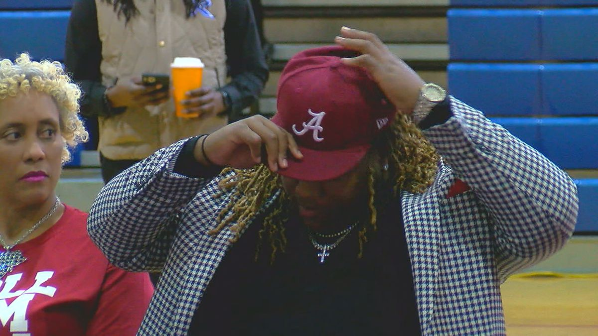 "The state's top prospect Ga'Quincy ""Kool Aid"" McKinstry of Pinson Valley made it official..."