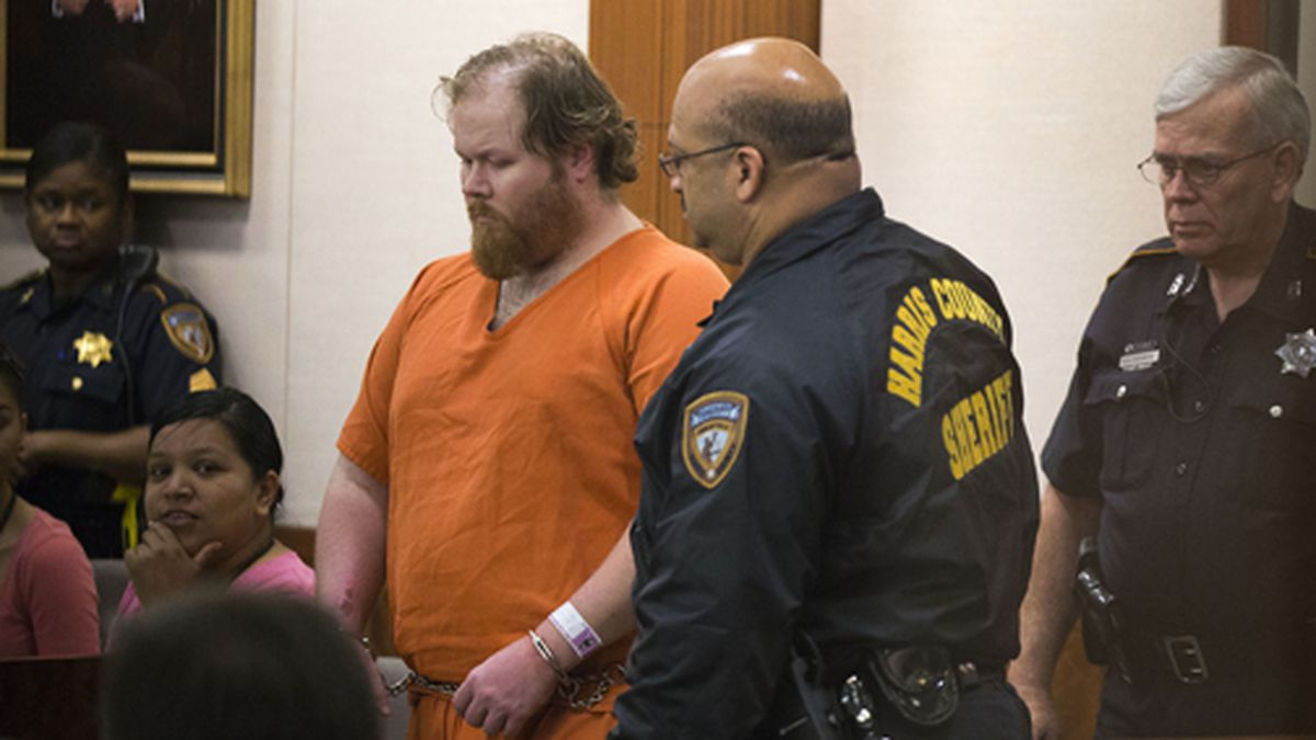Ronald Lee Haskell is escorted by deputies for a hearing on Friday, July 11, 2014, in Houston. (AP Photo/Houston Chronicle, Brett Coomer, Pool)