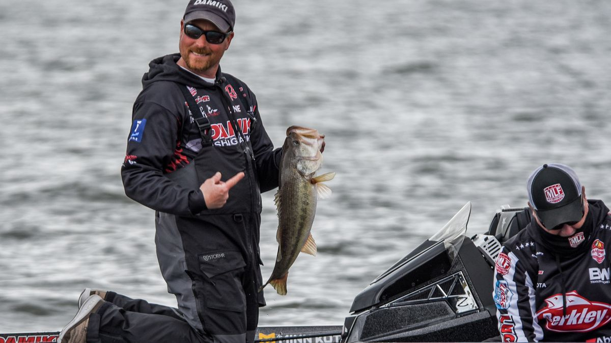 A field of the top 40 pros from the Major League Fishing Bass Pro Tour converged on Lake...