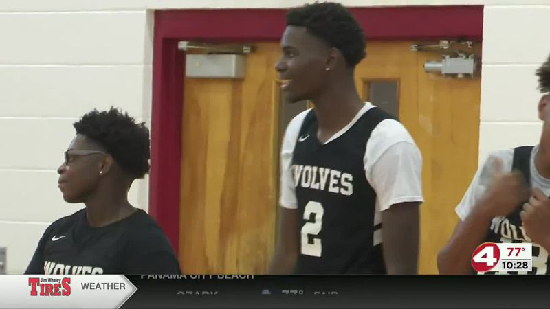 Dothan's JD Palm turning heads on the court