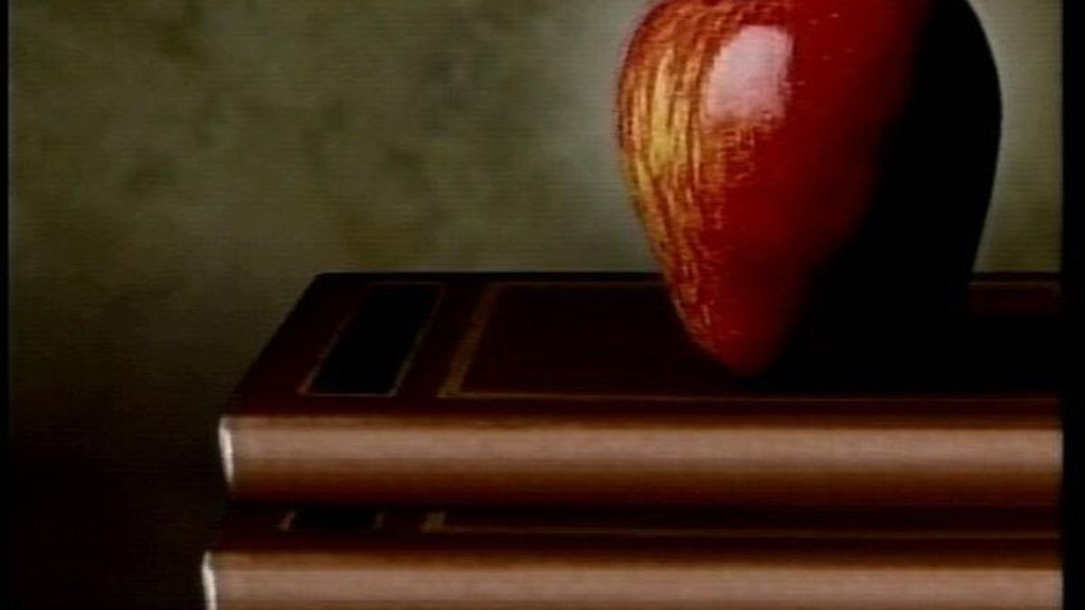 The Holmes District School Board announced Monday it has had a positive case of COVID-19 at one of its schools.