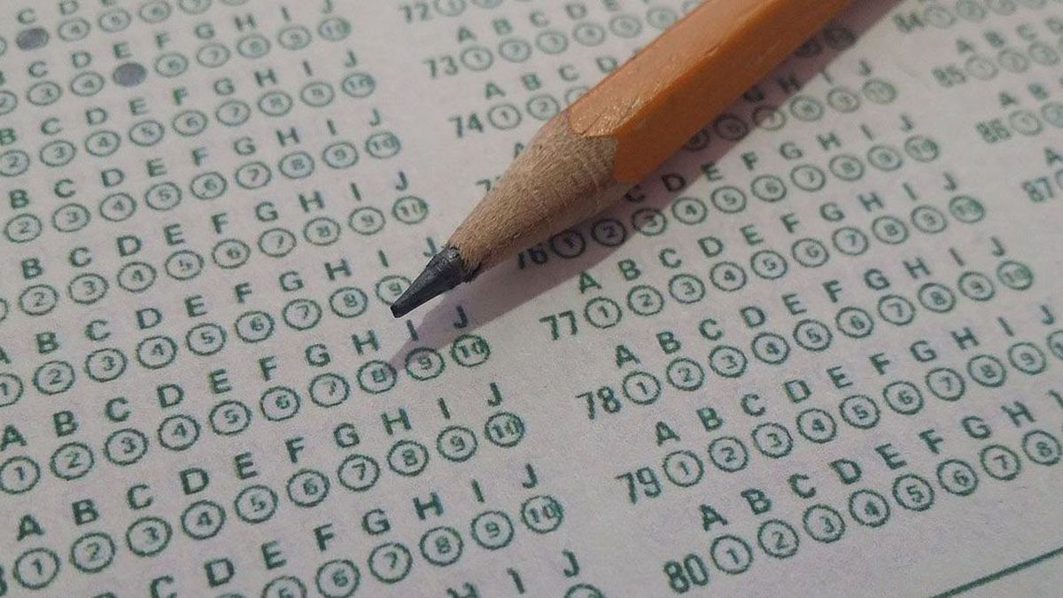 As more universities and colleges waive standardized test admissions requirements, some tutoring centers are still encouraging students to take the tests.
