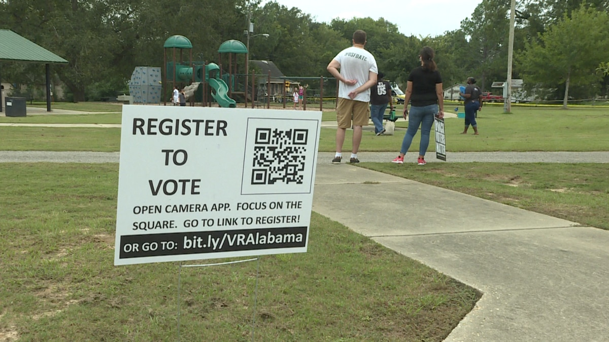 Attendees could check their voter registration, find polling locations, and get help with absentee voting.