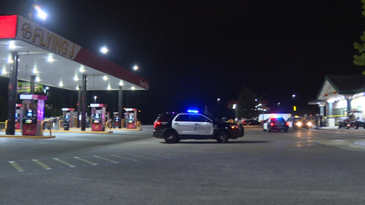 Dothan police at Flying J Travel Plaza after man dies during confrontation with officers.