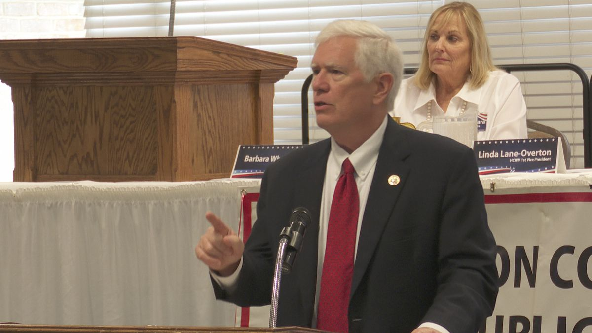 Congressman Mo Brooks speaks in Dothan on March 25, 2021.
